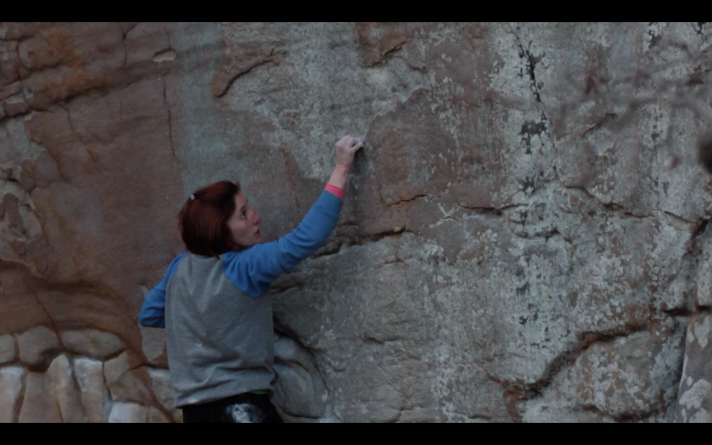 Screencap of Vikki crimping nothing on her way to almost sending Jerry's Kids (V7)