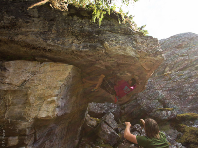 Spenser on an epic open project- Nerf Roof. They say this line will take Okanagan bouldering to the next level, now someone just needs to come and send it!