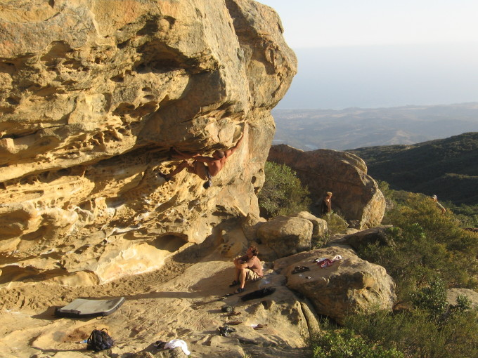 Highballing at Lizard's Mouth. Note the proper pad placement.