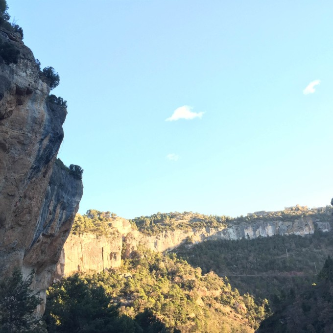 The big sweeping cliff on the left is El Patí, and if you look closely you can see someone on La Rambla