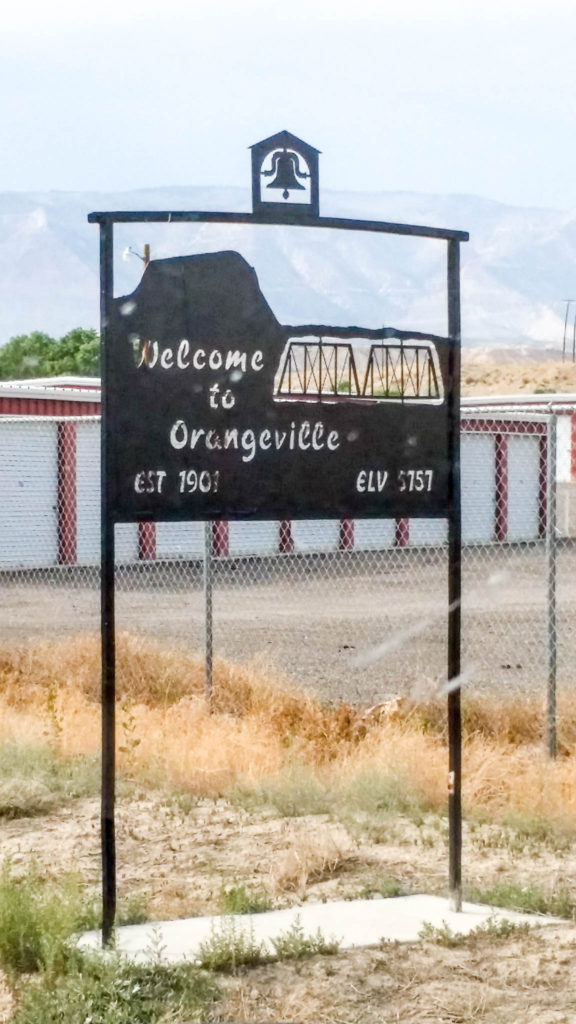 https://jacobbarlow.com/2014/08/14/orangeville-utah/